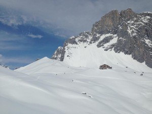 Aufstieg zur Carschina Hütte mit Sulzfluh im Hintergrund